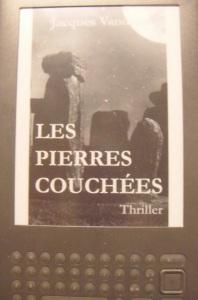 Ecran Kindle de Pierres couchées de Jacques Vandroux